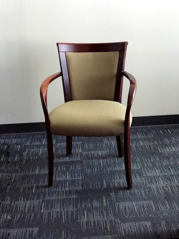 Best price Pre-Own Chairs at Office Liquidation