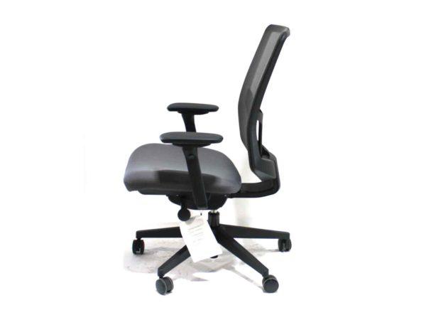 Office Furniture Outlet new Herman Miller Black/Grey Verus