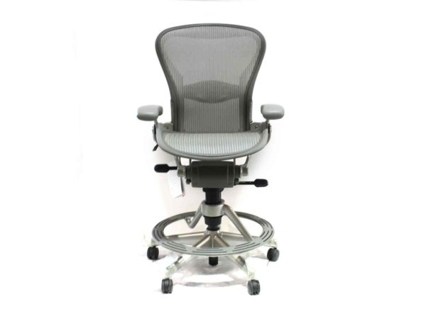 Office Furniture Outlet new Herman Miller Aeron Gray Chair