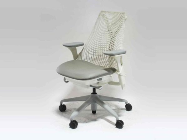 Office Furniture Outlet new Herman Miller White Sayl Chair