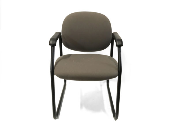Green Side/Guest Chair With black Metal Base in Green at Office Furniture Outlet
