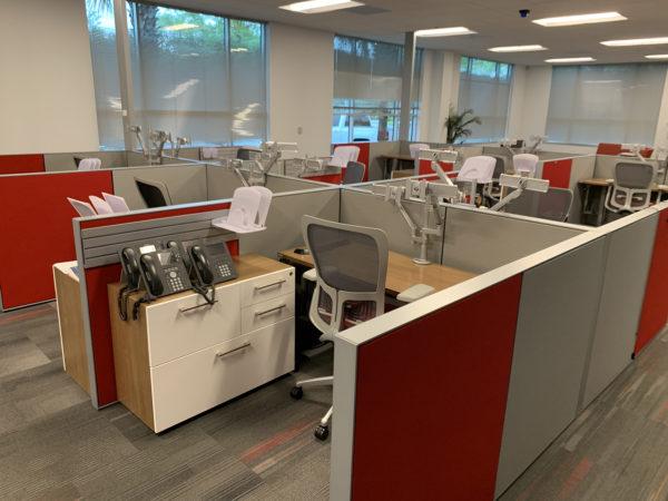 Best price Used Desks at Office Furniture Outlet